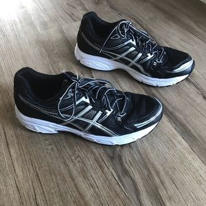Men's Size 10 Ascis Gel-Conteno Black and White